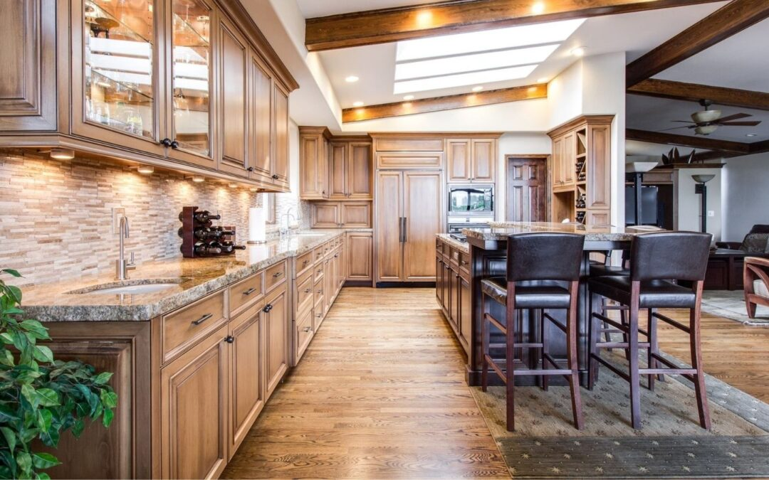 Valuable Insights into Custom Made, Solid Wood Furniture